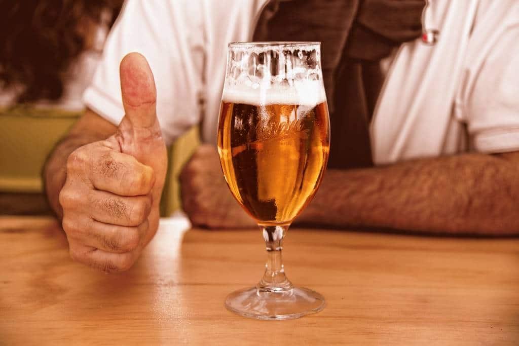 Abstynencja alkoholowa, czy picie kontrolowane – co po zakończonej terapii?