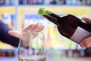 Czy da się szybko i skutecznie odstawić alkohol?