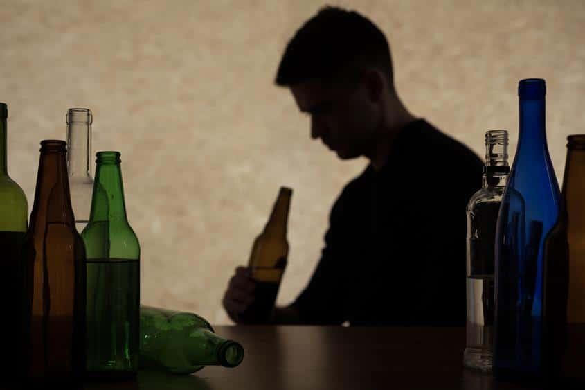 Czym jest polineuropatia alkoholowa?